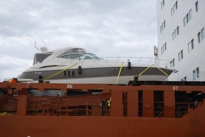 Sevenstar Unloading Boat